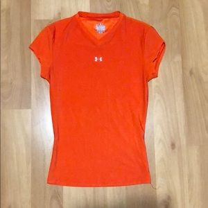 WOMENS SMALL UNDER ARMOUR ORANGE SHIRT